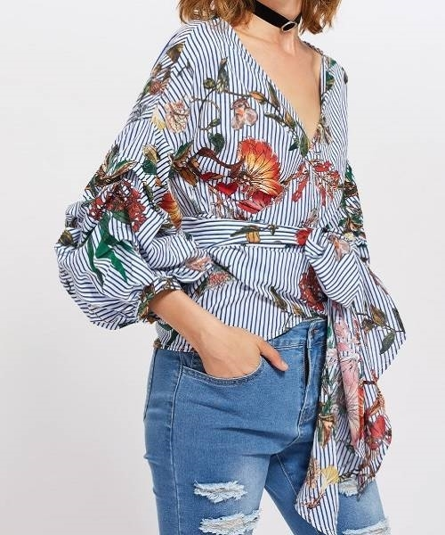 Picture of Gathered Sleeve Print Surplice Wrap Top