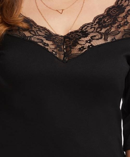 Picture of V Neckline Lace Panel Tee