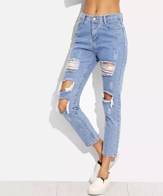 Picture of Distressed Ankle Jeans
