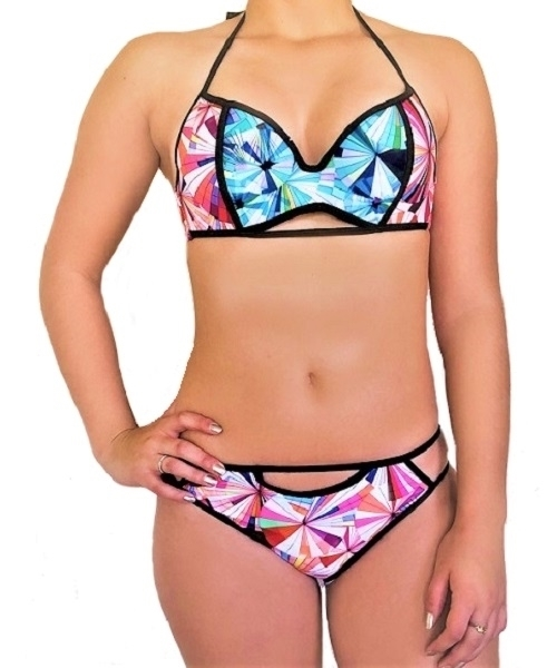 Picture of Geometric Pattern Bikini Set