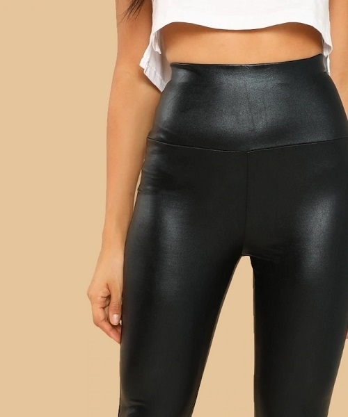 Picture of Shinny Coated Crop Leggings