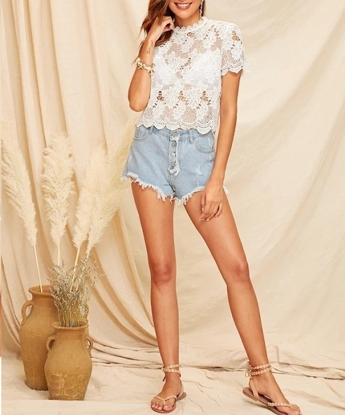 Picture of Guipure Lace Keyhole Back Top