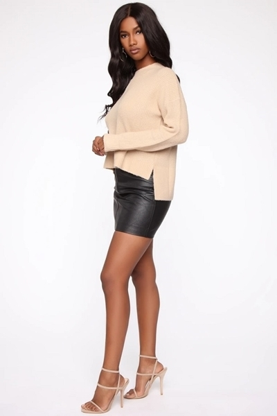 Picture of Hang Back Round Neck Sweater
